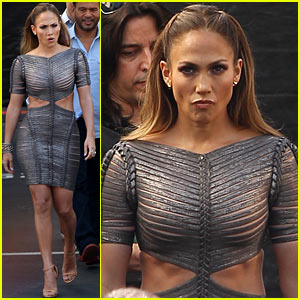Jennifer Lopez: Ab-tastic on 'American Idol'!