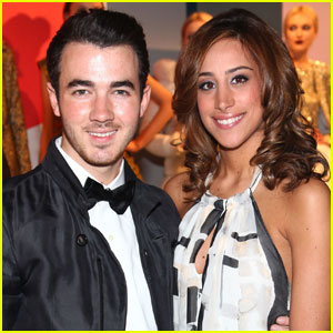 'Married to Jonas': Kevin & Danielle Jonas' New Reality Show!