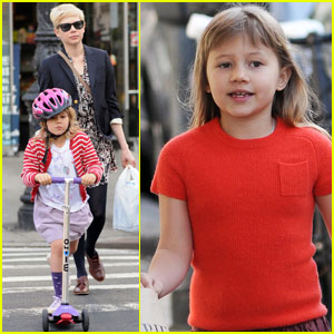 Michelle Williams & Matilda Scoot in the City