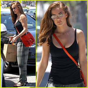 Minka Kelly: Pressed Juicery Run!