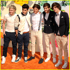 http://cdn01.cdn.justjared.com/wp-content/uploads/headlines/2012/04/one-direction-kids-choice-awards-2012-performance.jpg