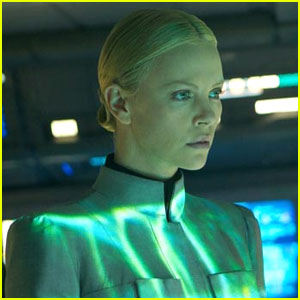 Charlize Theron: New 'Prometheus' Stills!