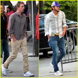 Ashton Kutcher & Dax Shepard: Loyal Lakers Fans