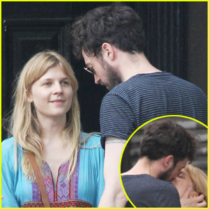 Clemence Poesy: Mystery Man in NYC!