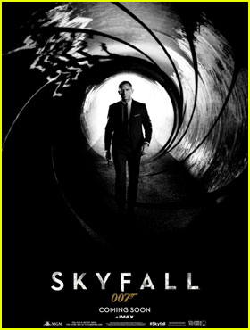 Daniel Craig: 'Skyfall' Teaser Poster!