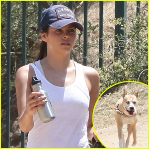 Jenna Dewan & Lulu: Runyon Canyon Dog Walk