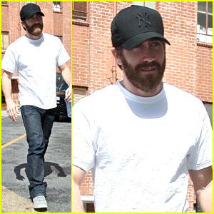 Jake Gyllenhaal: 90210 Doctor Visit
