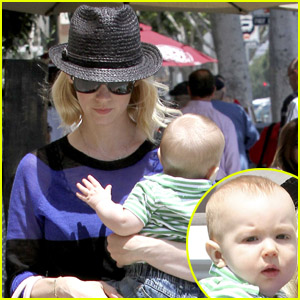 January Jones & Baby Xander: Friday Lunch