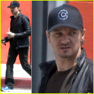 Jeremy Renner Checks Out Cheebo