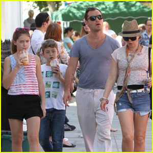 Jude Law: Primrose Hill Summer Festival Family