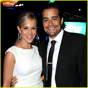 Dexter's Julie Benz: Married to Rich Orosco!