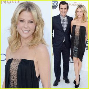 Julie Bowen & Ty Burrell - Billboard Awards 2012