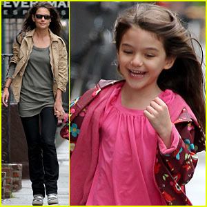 Katie Holmes & Suri: Big Apple Bonding!
