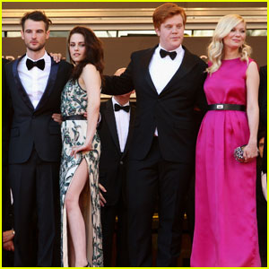 Kirsten Dunst & Kristen Stewart: 'On the Road' Cannes Premiere!