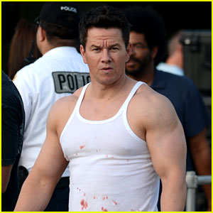 Mark Wahlberg: Biceps & Blood on 'Pain & Gain Set'!