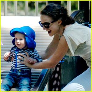 Natalie Portman: Park Playtime with Aleph!