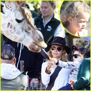 Nicole Richie: Taronga Zoo with the Family!