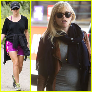 Reese Witherspoon Walks the Dogs Before Leaving L.A.