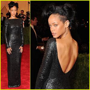 Rihanna - Met Ball 2012