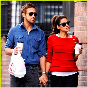 Ryan Gosling & Eva Mendes: Holding Hands in NYC!