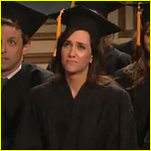 'Saturday Night Live' Says Farewell to Kristen Wiig - Video