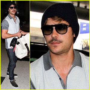 Zac Efron: Mustache Man at LAX!