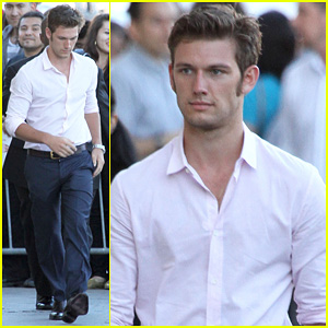 Alex Pettyfer Went to Male Strip Clubs for 'Magic Mike'