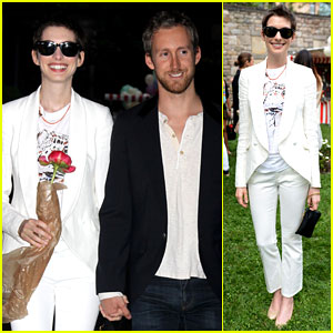 Anne Hathaway: Stella McCartney Dinner with Adam Shulman!