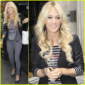 Carrie Underwood Is 'Loving London!'