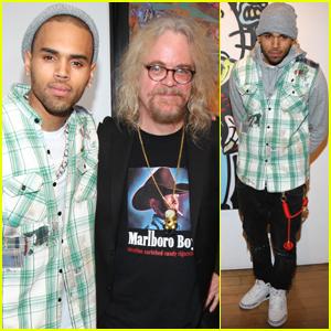 Chris Brown: 'Dum English' Art Show Launch!