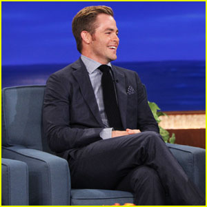 Chris Pine Chased by Nearly Naked Gay Pride Trekkie