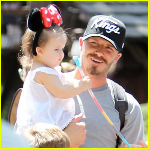 David Beckham: Disneyland Dad!