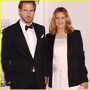 Drew Barrymore: Wedding Pictures On The Way!
