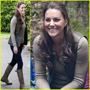 Duchess Kate: Expanding Horizons Camp Visit!