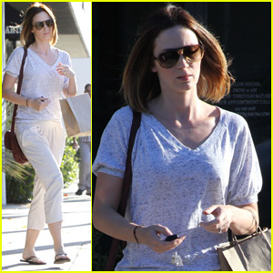 Emily Blunt: Salon Benjamin Beauty!