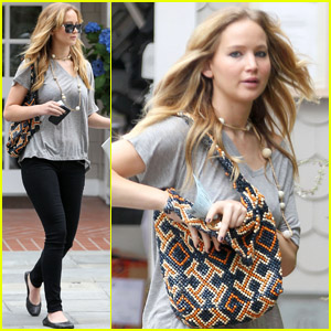 Jennifer Lawrence: Monday Meeting with Francis Lawrence!