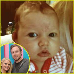 Jessica Simpson Tweets Baby Maxwell Pic