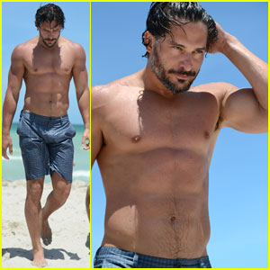 Joe Manganiello: Shirtless in Miami!