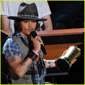 Johnny Depp & Black Keys' MTV Movie Awards Performance - Watch Now!