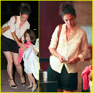Katie Holmes: 'Brave' Movie Night with Suri Cruise!