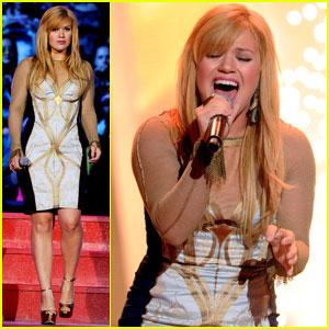 Kelly Clarkson - MuchMusic Video Awards 2012