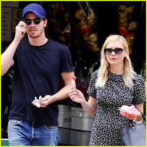 Kirsten Dunst & Garrett Hedlund: Watermelon Walk