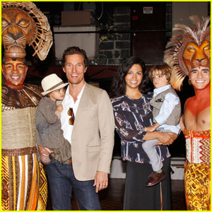 Matthew McConaughey: 'Lion King' with Family!