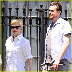 Michelle Williams & Jason Segel: NYC Stroll