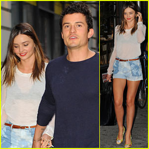 Miranda Kerr & Orlando Bloom: Holding Hands in NYC!