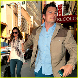 Orlando Bloom & Miranda Kerr: Broadway Date Night!