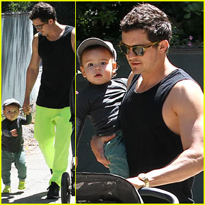 Orlando Bloom & Flynn: Father's Day Fun!