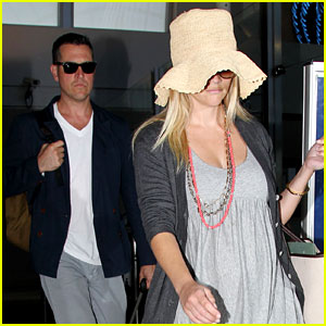 Reese Witherspoon: Matthew McConaughey Wedding Guest!
