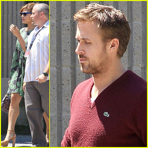 Ryan Gosling: Mom's Graduation with Eva Mendes!