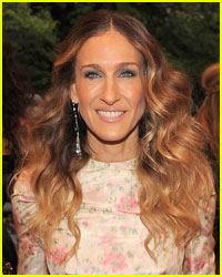 Sarah Jessica Parker Supports Obama in New Video